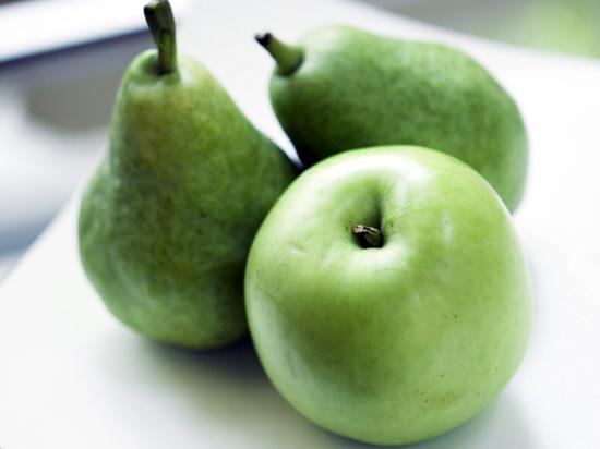Как хранить груши и яблоки