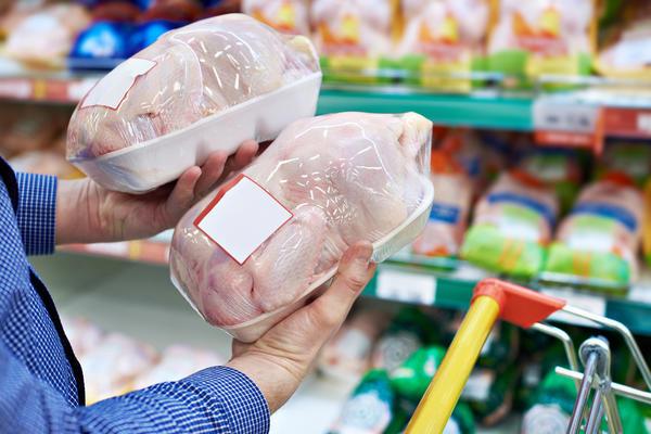 Хорошо, если цена своей курятины приближается к магазинной