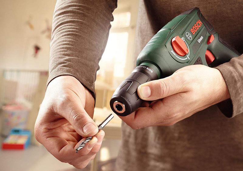 аккумуляторный электроинструмент для ремонта