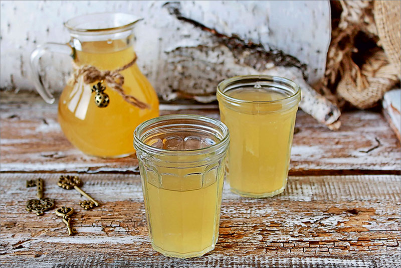 Березовый сок с медом