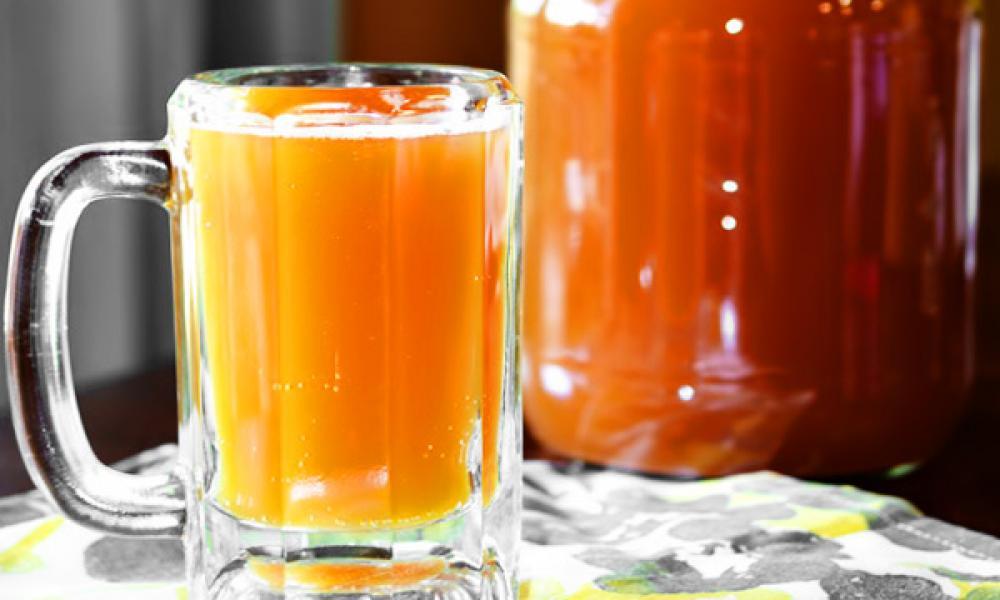 Квас с березовым соком и мёдом